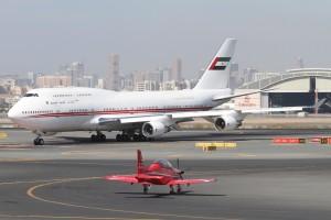 Foto: Boeing 747-400 von Dubai Air Wing am Flughafen Dubai