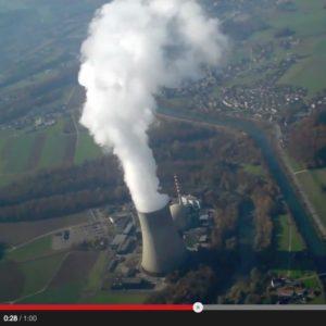 Screenshot: YouTube-Video, das einen Überflug über das Kernkraftwerk Gösgen zeigt
