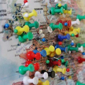 Foto: Europakarte mit vielen Pins