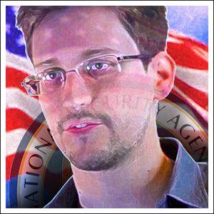 Bild: Porträt von Edward Snowden vor amerikanischer Flagge und Siegel der National Security Agency (NSA)