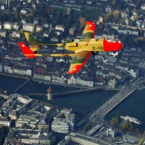 Foto: Drohne ADS-95 der Schweizer Luftwaffe über der Stadt Luzern