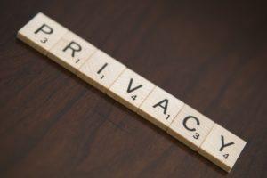 Foto: Wort «PRIVACY» in Scrabble-Buchstaben