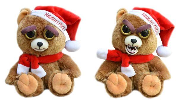 Bild: Feisty Pets mit rot-weisser Mütze und rot-weissem Schal