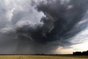 Foto: Dunkle Sturmwolken