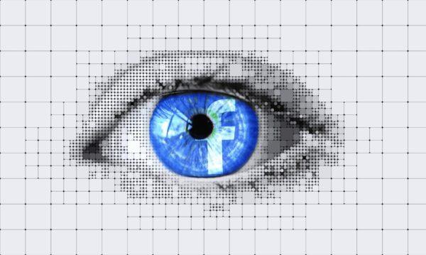 Bild: Auge mit Facebook-Logo als Iris