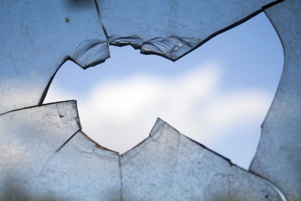 Foto: Beschädigtes Glas