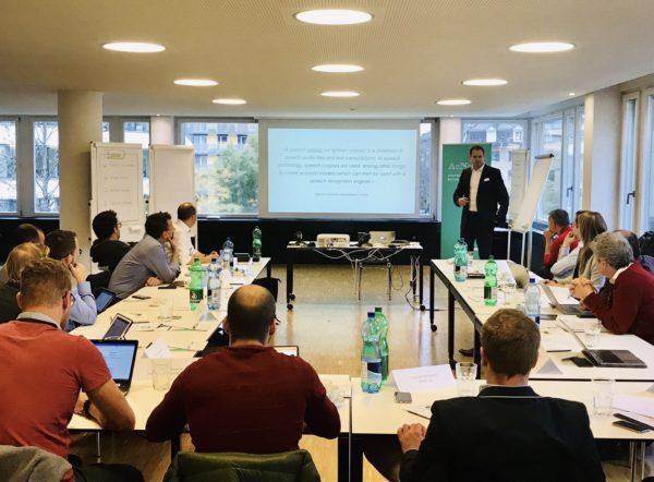 Foto: Rechtsanwalt Martin Steiger am Schweizerdeutsch-Korpus-Roundtable am 30. November 2018 in Zürich