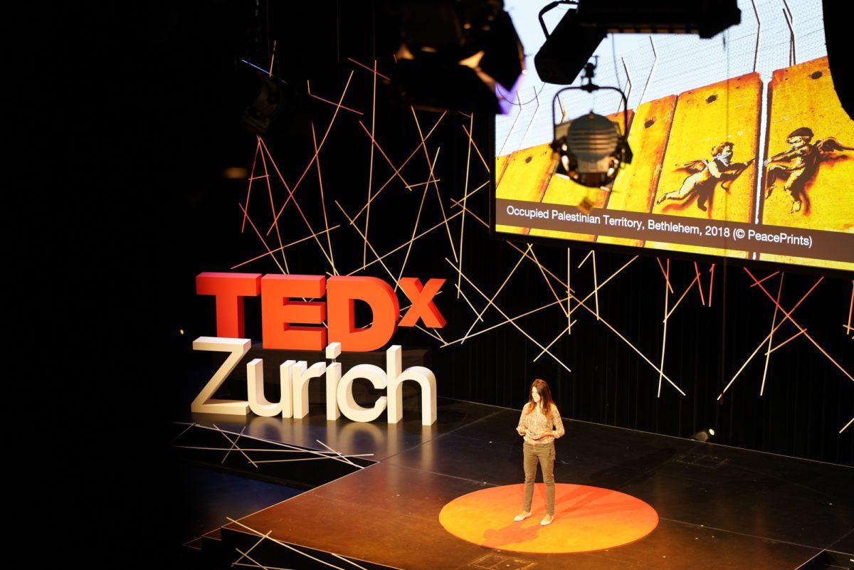 Foto: Auftritt von Lea Suter bei TEDxZurich 2018