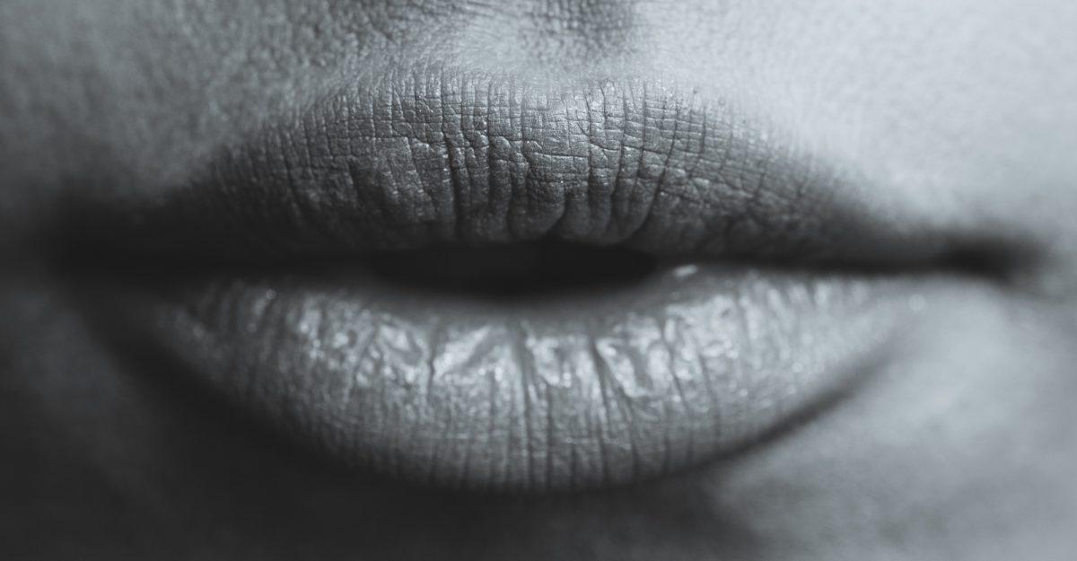 Foto: Leicht geöffnete Lippen