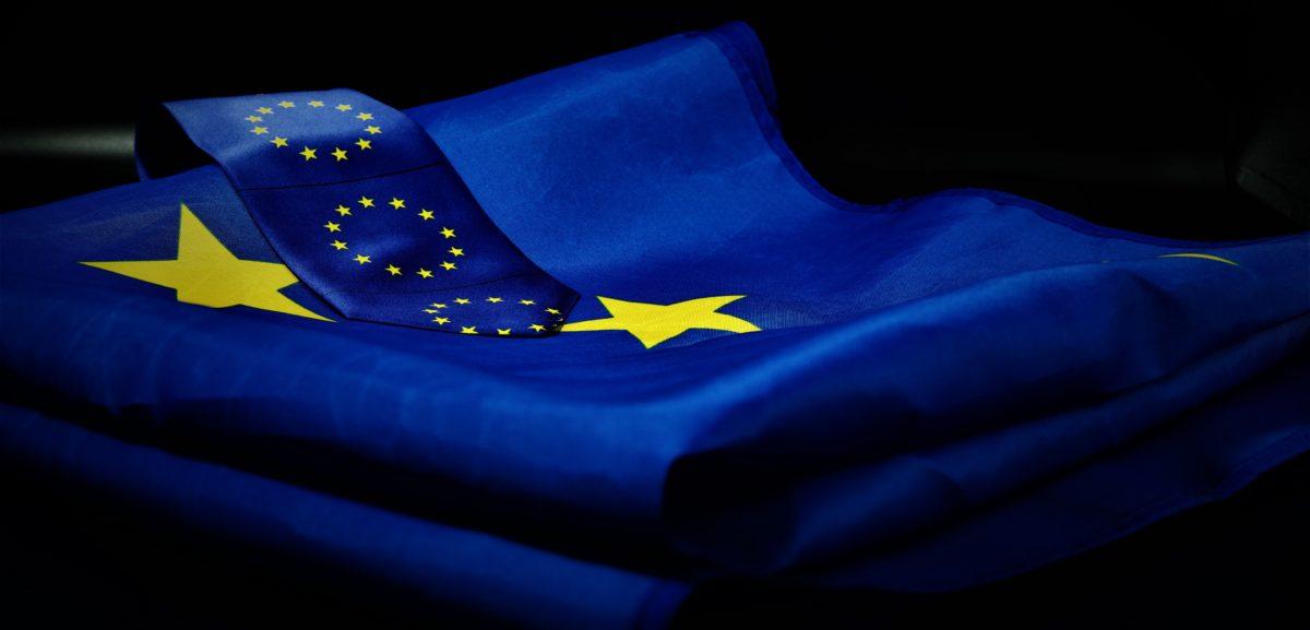 Foto: Gefaltete Flagge der Europäischen Union (EU)
