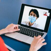 Symbolbild: Video-Konferenzen während der COVID-19-Pandemie