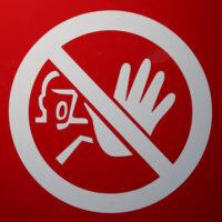 Foto: Stopp-Schild mit abwehrender Hand