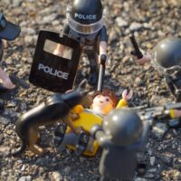 Foto: Polizei im Ordnungsdienst (Plastikfiguren)