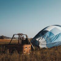 Foto: Heissluftballon am Boden